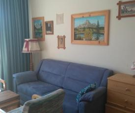 Good Vintage Apartment